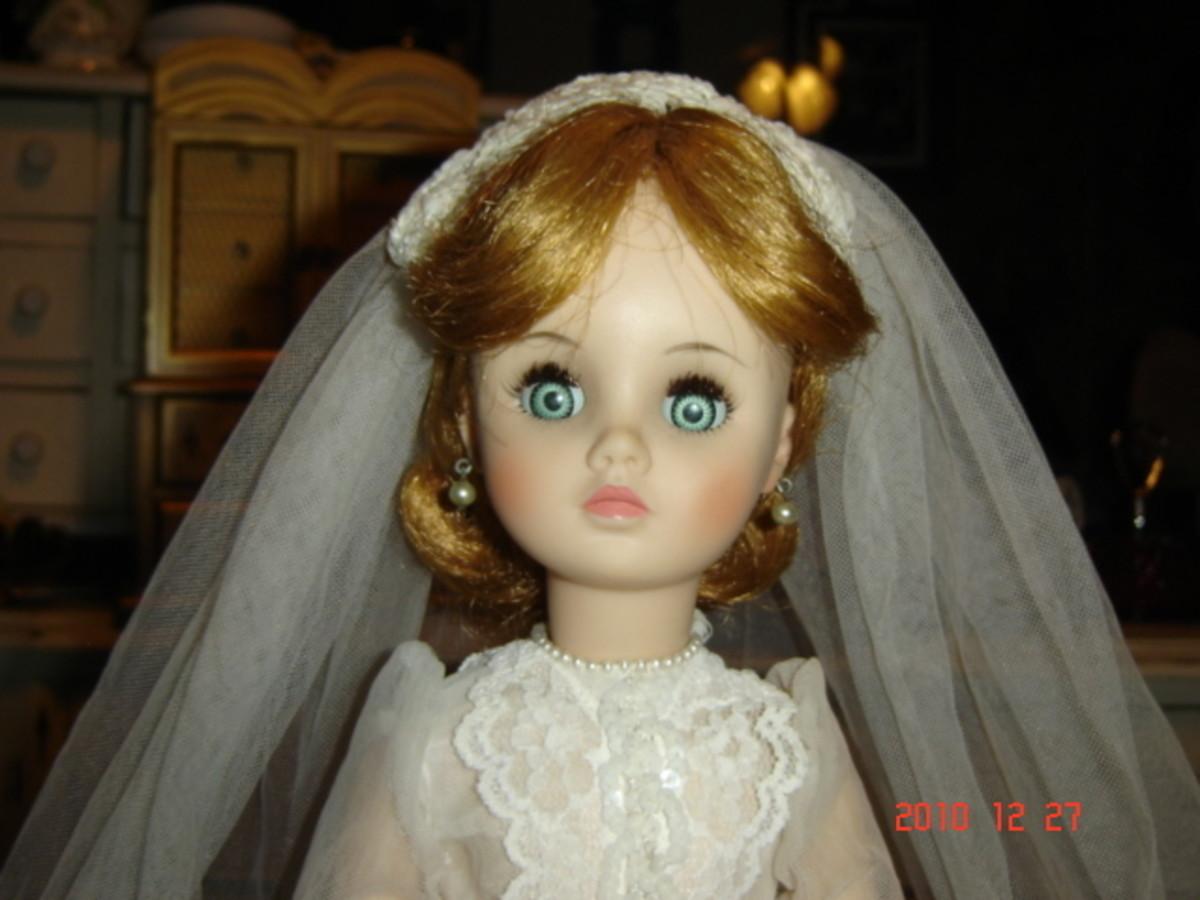 """VINTAGE 1960's Madame Alexander ELISE Bride Doll 18"""""""