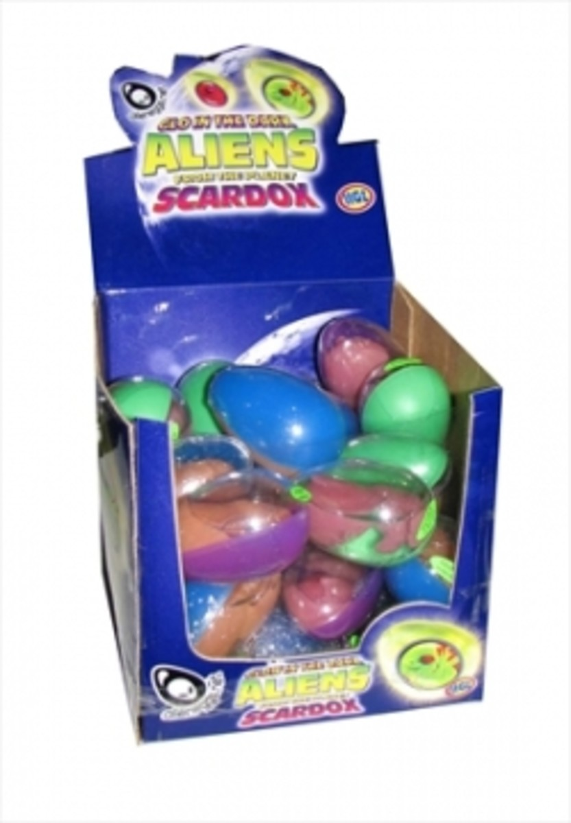 Glow in the Dark Aliens from the Planet Scardox