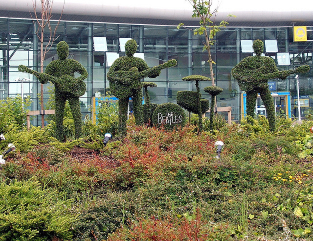 Sculptures can be made with many different materials as is shown by these topiary 'Beatles' in Liverpool (Ringo is unfortunately missing after saying something bad about Liverpool!)