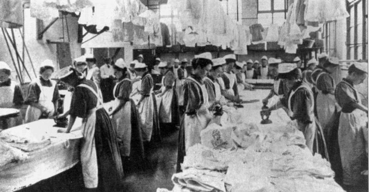 Women working at a Magdalene Laundry in England (early 20th century).