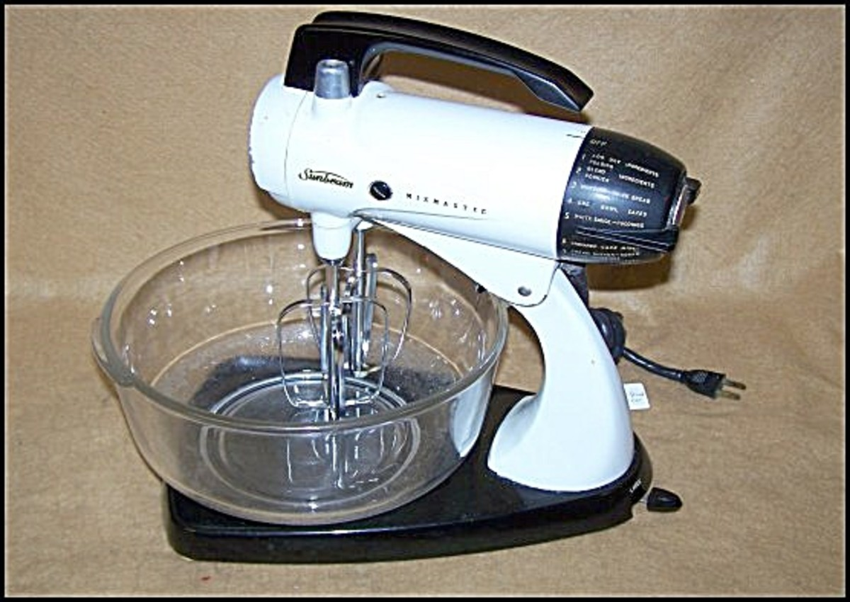 Original pre-colour vintage Sunbeam mixmaster