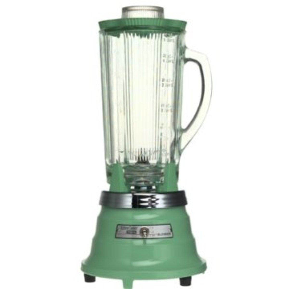 Waring modern blender in retro green