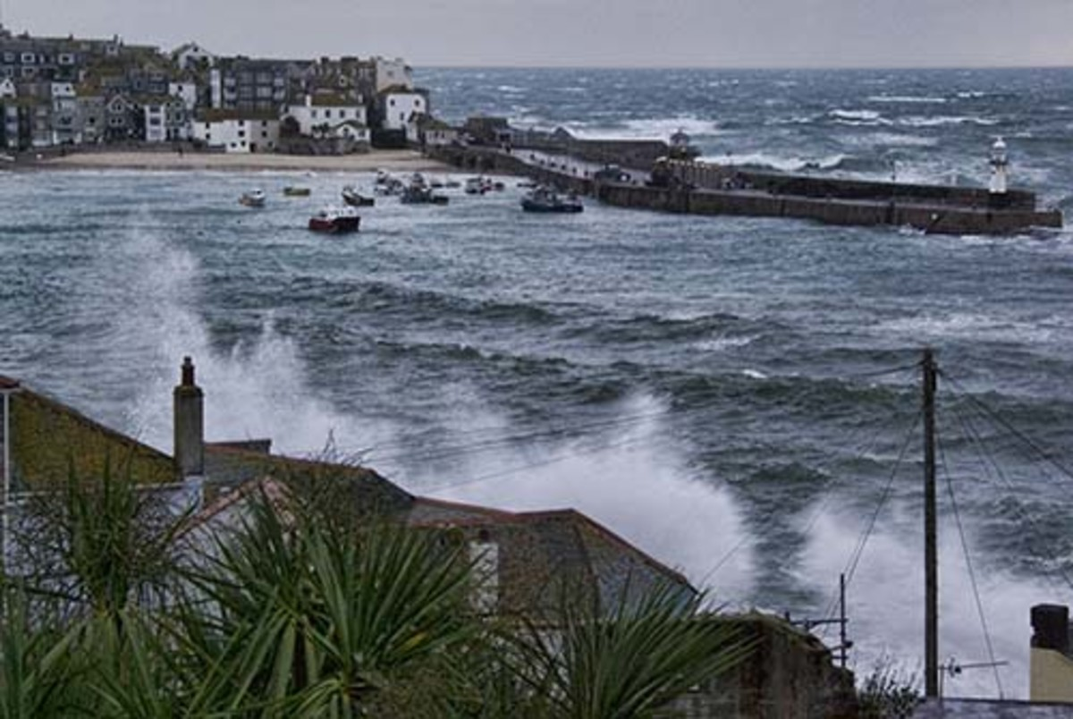 2011 early morning trom st Ives apartments balcony - The fiercest storm for 30 years