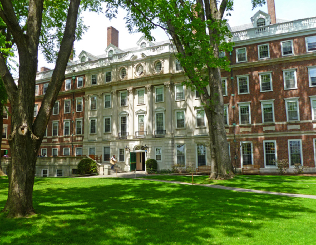 Courtyard of Gore Hall, Winthrop House, Harvard University