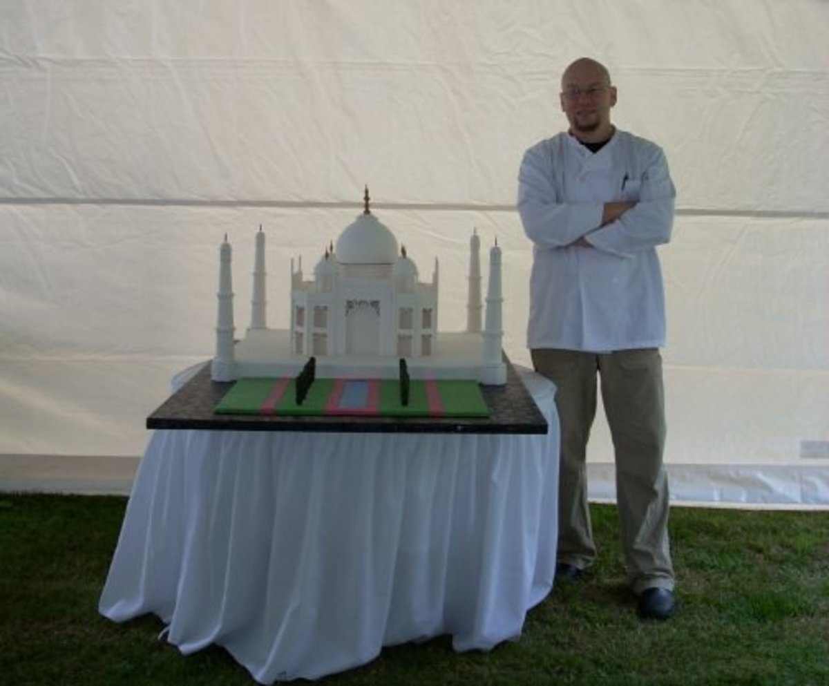 Taj Mahal Wedding Cake
