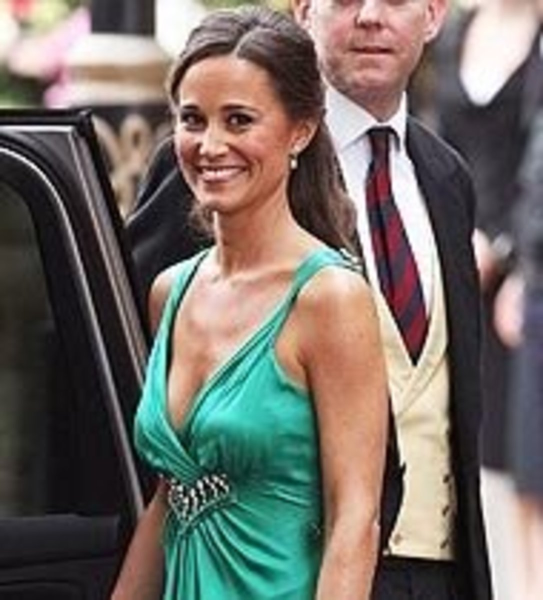Pippa looking stunning in this green dress