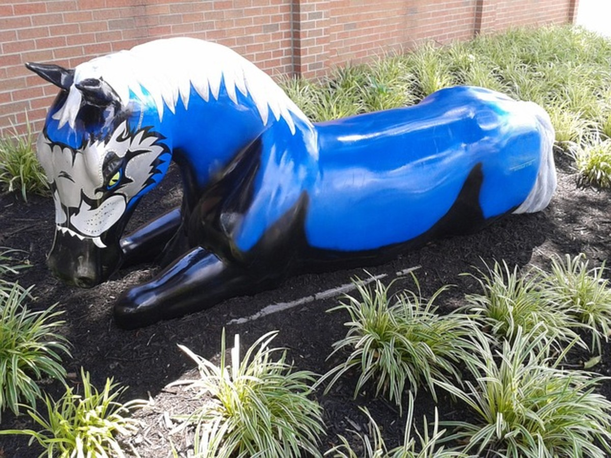 Horse in public art.
