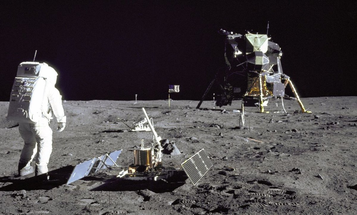Buzz Aldrin on the moon during Apollo 11. Knowledge gained during Project Gemini helped NASA design the Apollo EVA suit. Photo courtesy of NASA.
