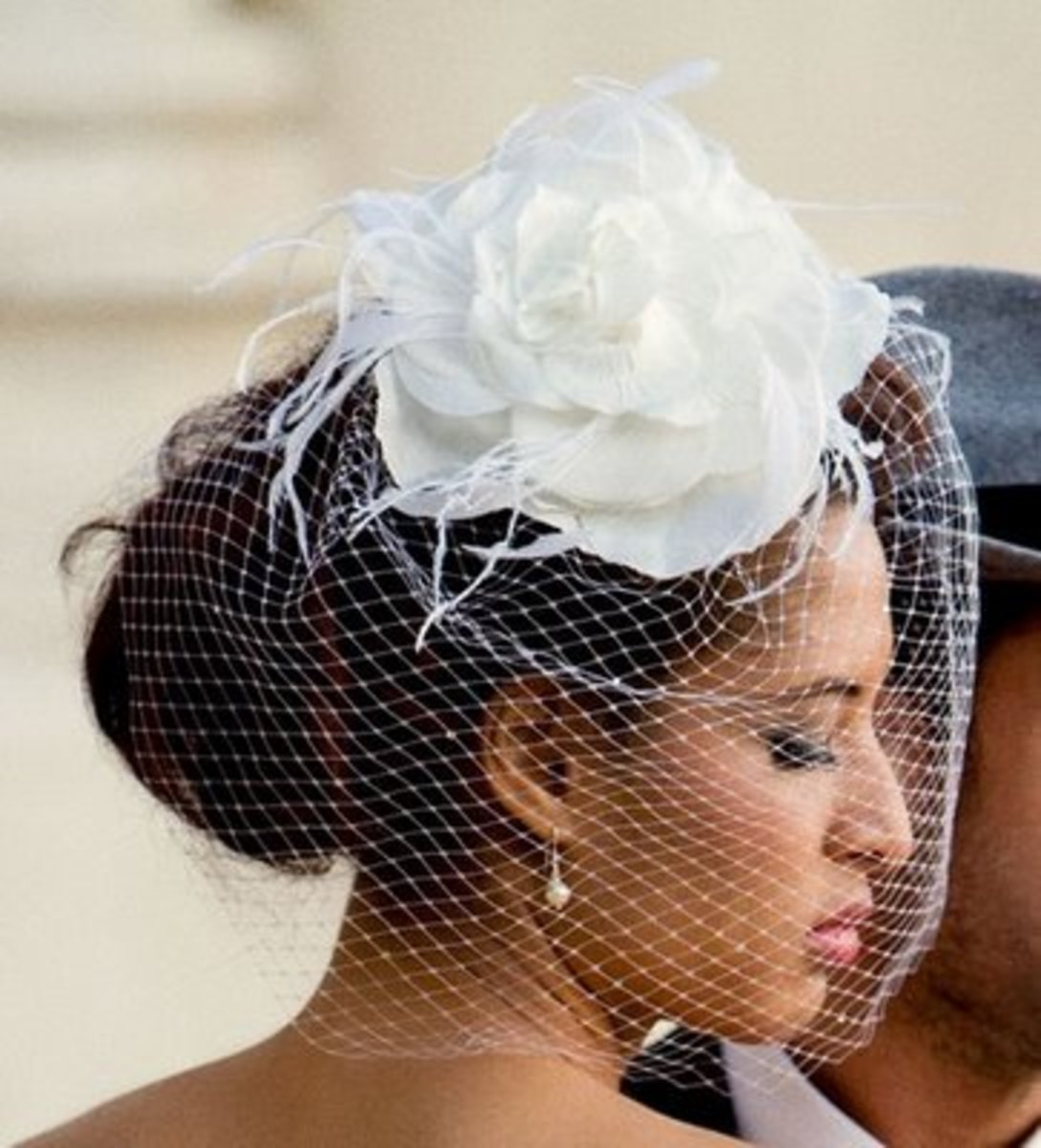 How To Make Your Own Hair Fascinator With Bird Cage Veil