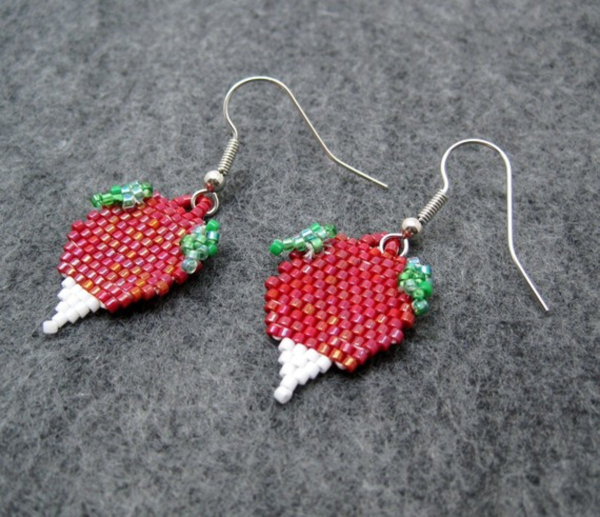 Beaded Dangle Earrings - Radishes: I created tiny leaves as part of a pair of custom radish earrings.  They are a beaded version of the radish earrings that Luna Lovegood wears in the Harry Potter movies.