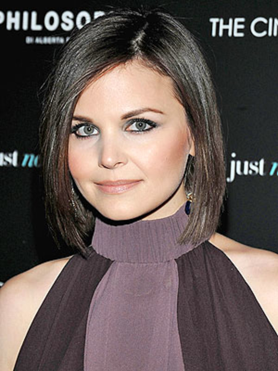 Best: Asymmetrical bob with side part, best look for square faces