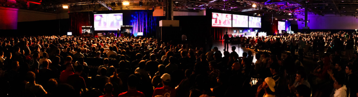 The crowd watching a Starcraft competition at Major League Gaming