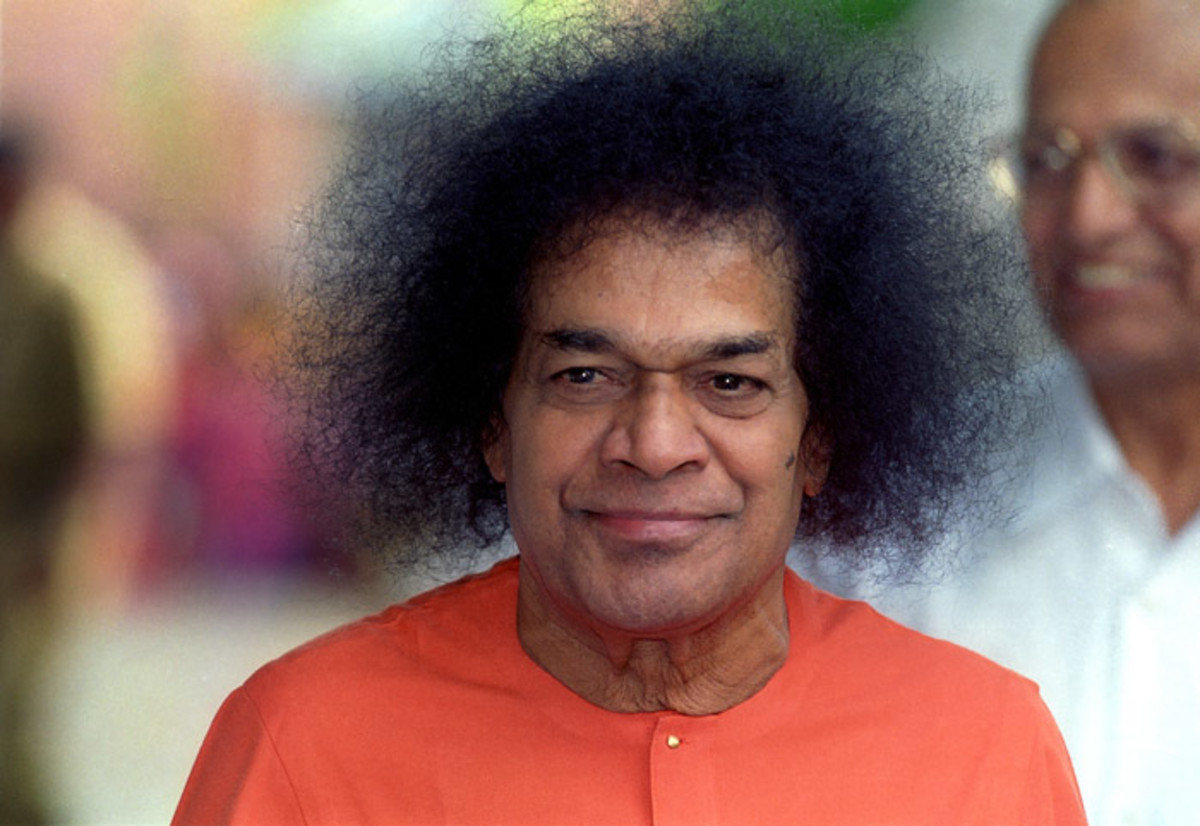 The Guru with a most beautiful and bewitching form....