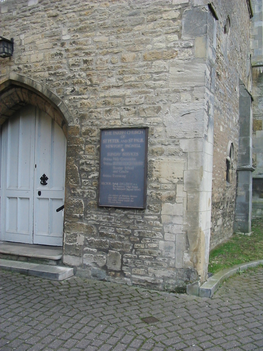 There is another photo of the church further up the page.