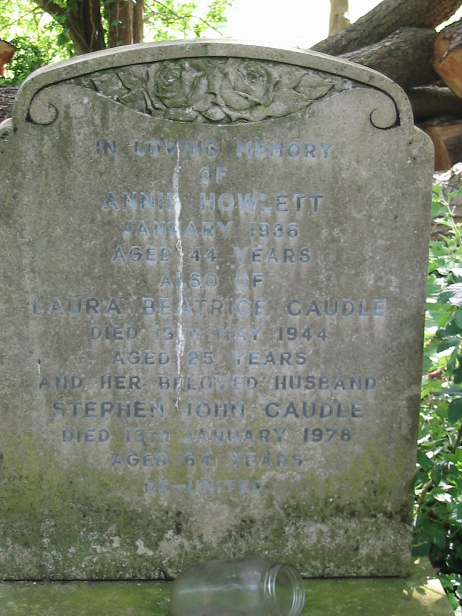 Laura Beatrice Caudle, died 13 May 1944 aged 25 years, and Stephen John Caudle, died  13 Jan 1978 aged 64 years