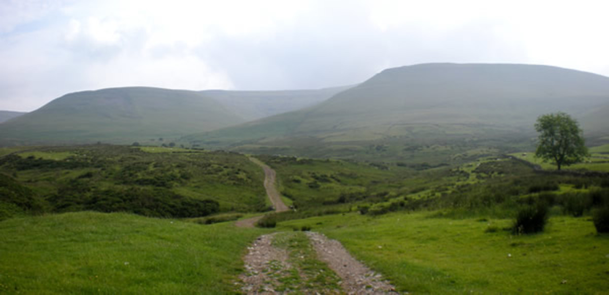 Near neighbours in the wilderness - Cross Fell and Great Dun Fell