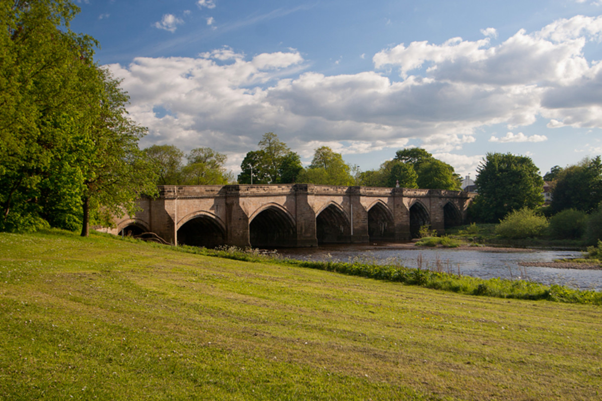 Croft Bridge once carried the Great North Road between Yorkshire and County Durham