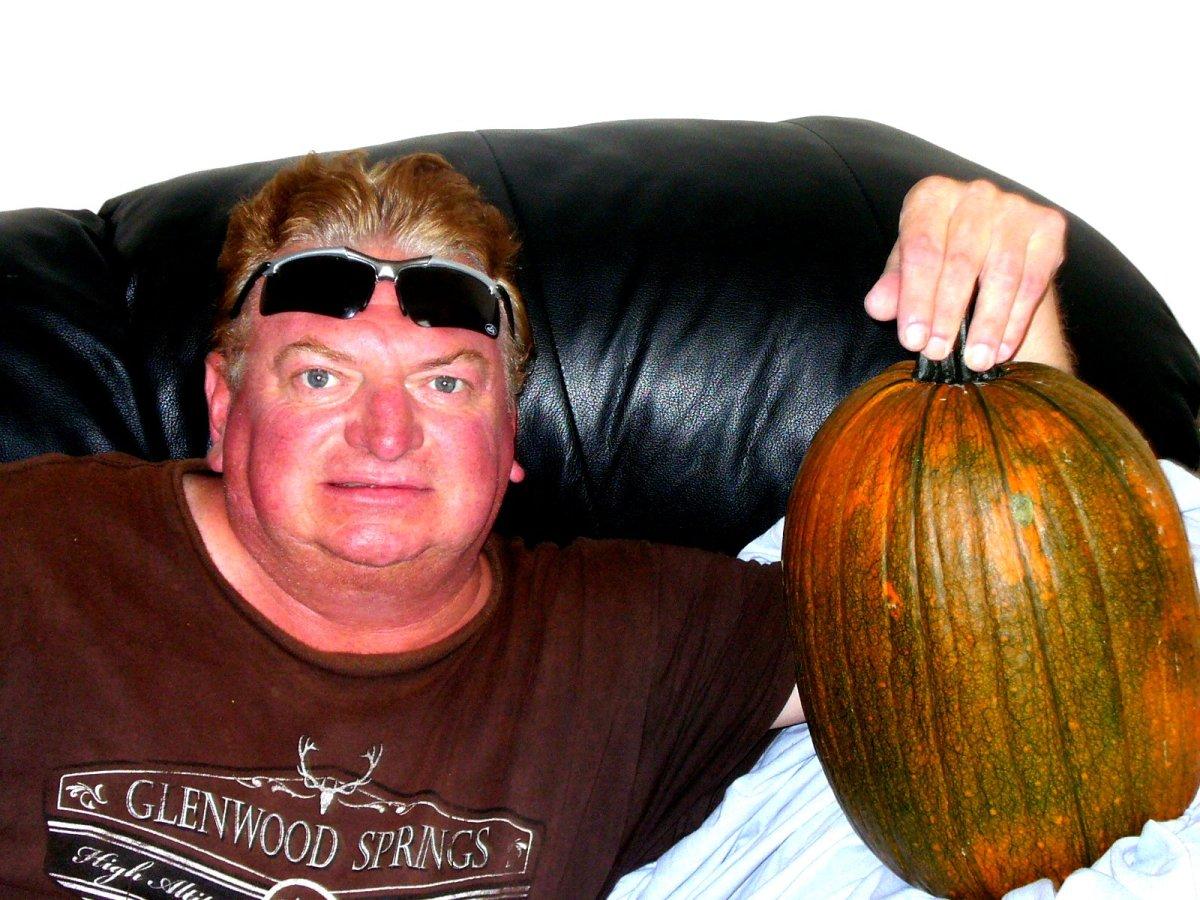 The pumpkin is finally caught.