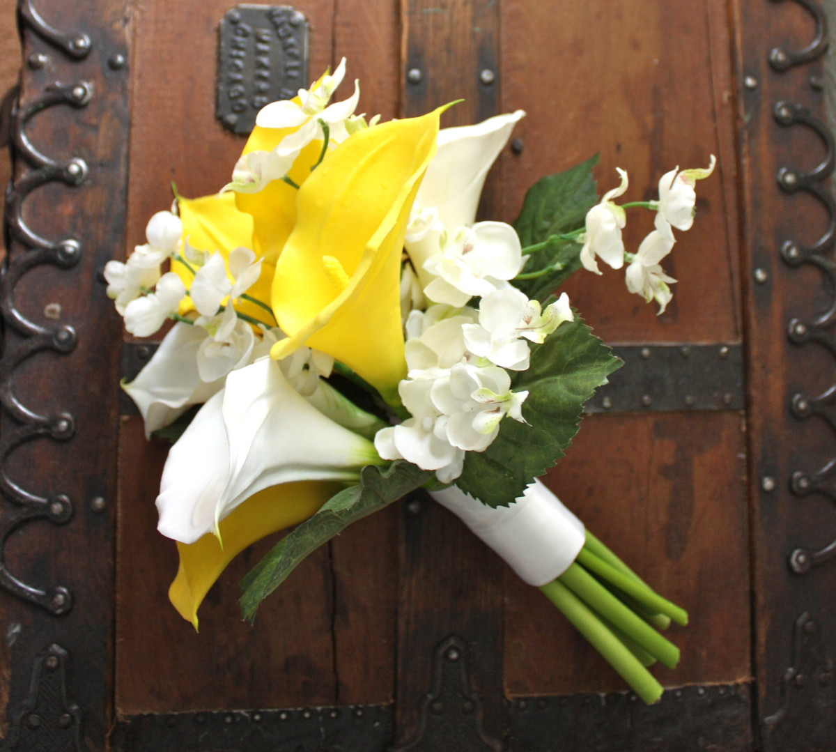 Yellow Bouquet with Real Touch Calla Lilies by Lilywinkel