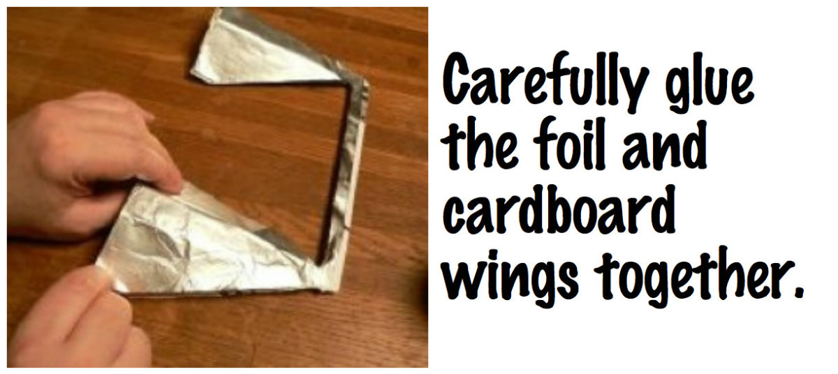 Carefully glue the cardboard and the foil together.