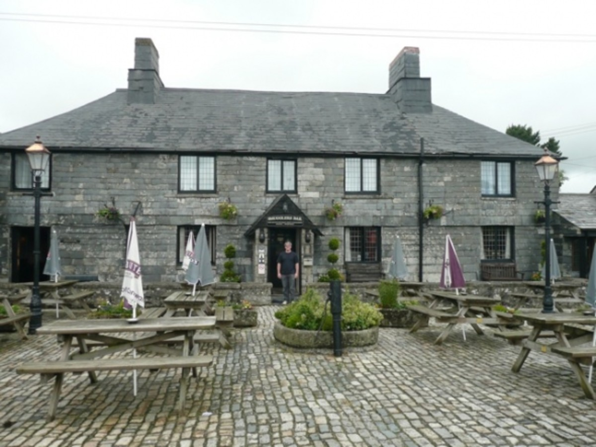 You can't visit this part of the world without visiting the infamous haunted Jamaica Inn, subject of Daphne du Maurier's novel, and the surrounding Bodmin Moor, home to the legendary Beast of Bodmin! About a 15-20 minute drive from Tintagel.