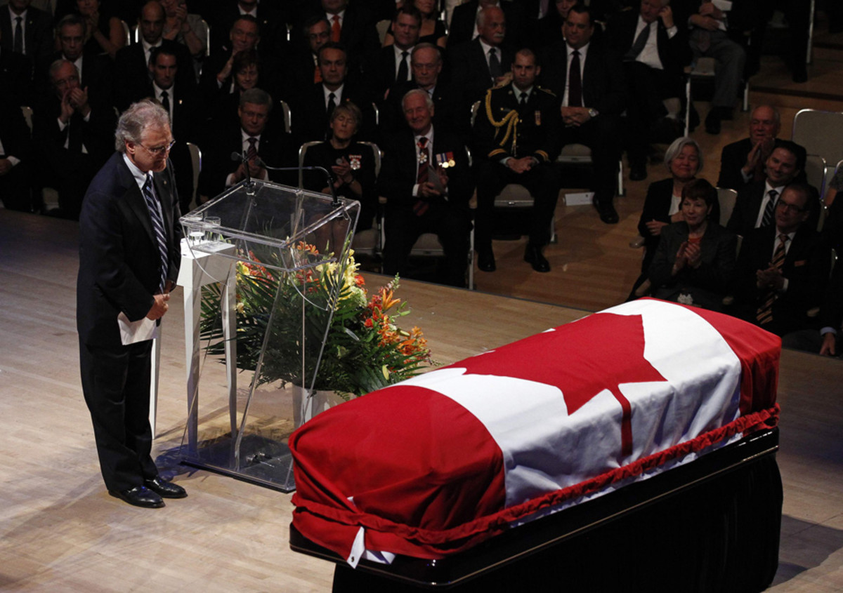 Stephen Lewis pauses after delivering a eulogy during the state funeral for NDP Opposition Leader Jack Layton.