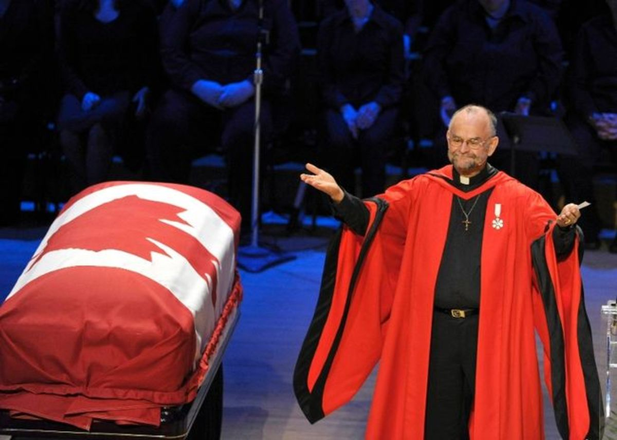 Reverend Brent Hawkes gestures during the state funeral for NDP Opposition Leader Jack Layton in Toronto August 27, 2011.