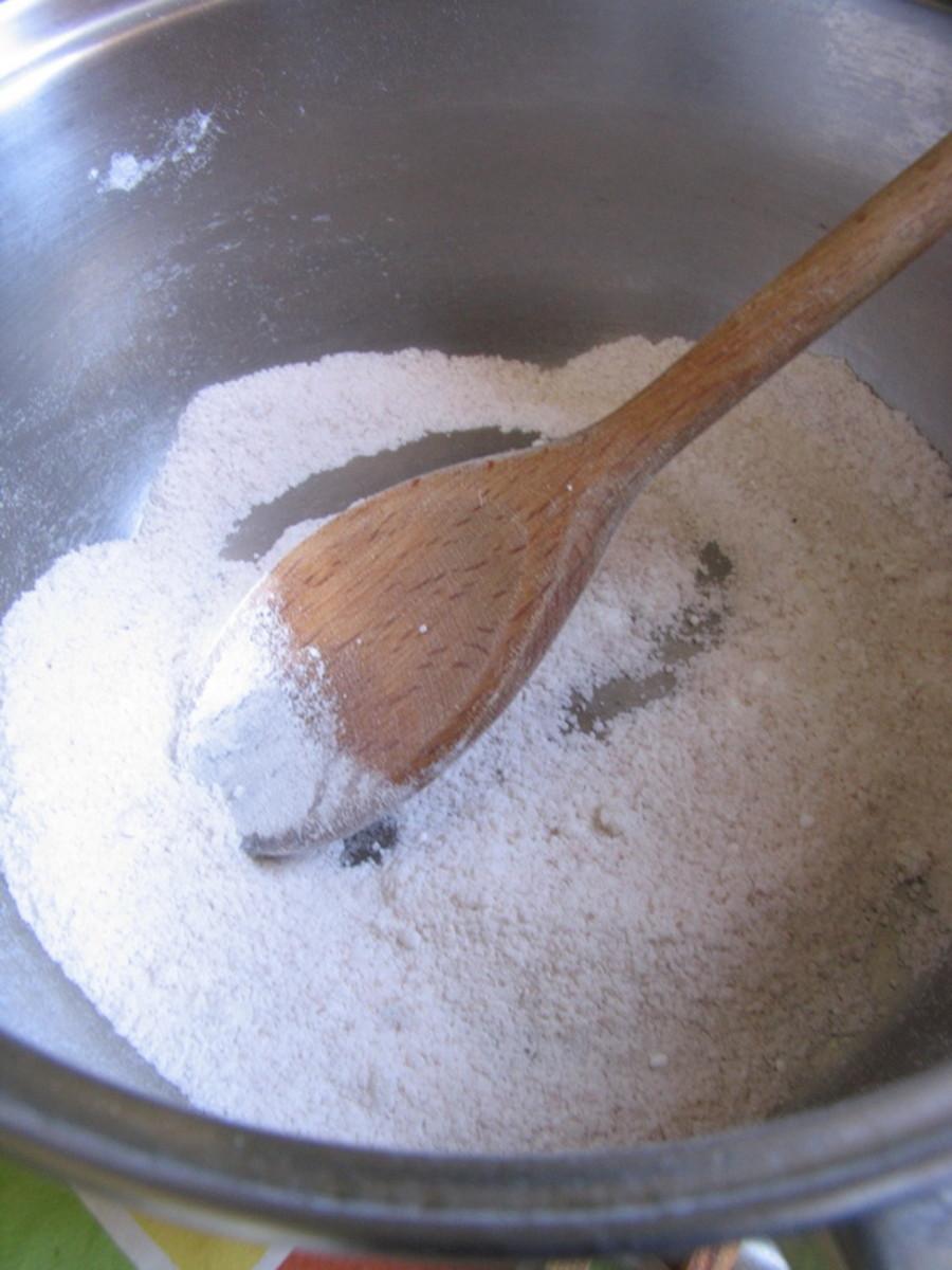 mixing sugar and cornstarch