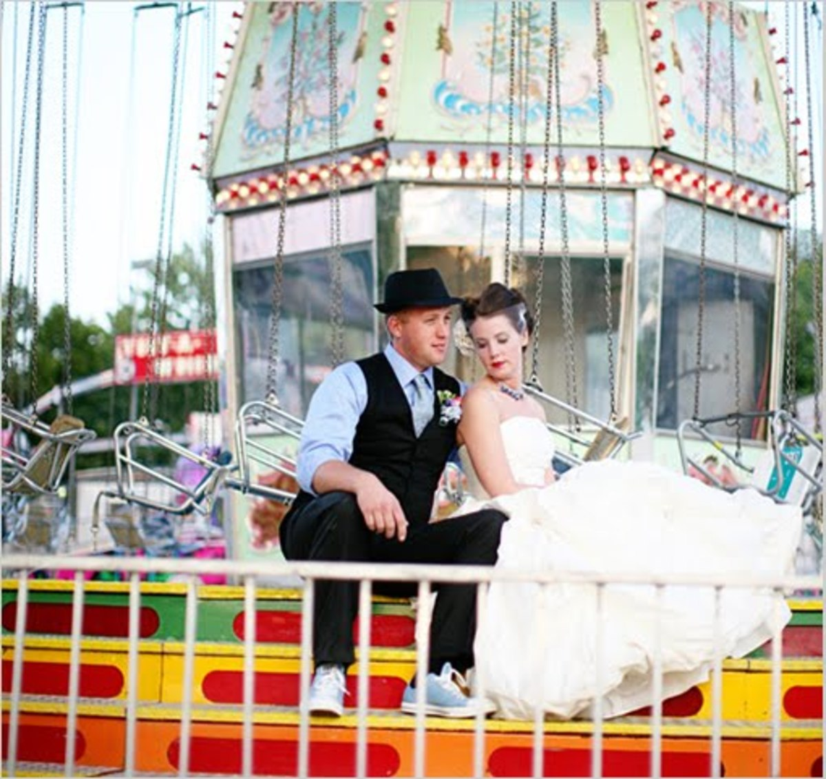 Carnival Themed Wedding: Fun With Vintage & Rustic Style