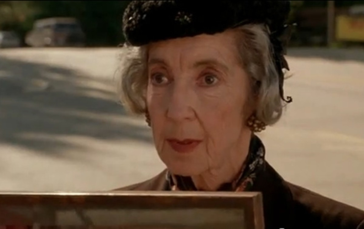 Photo credit: Frances Bay as Mrs. Tremond, Twin Peaks via The Add Blog