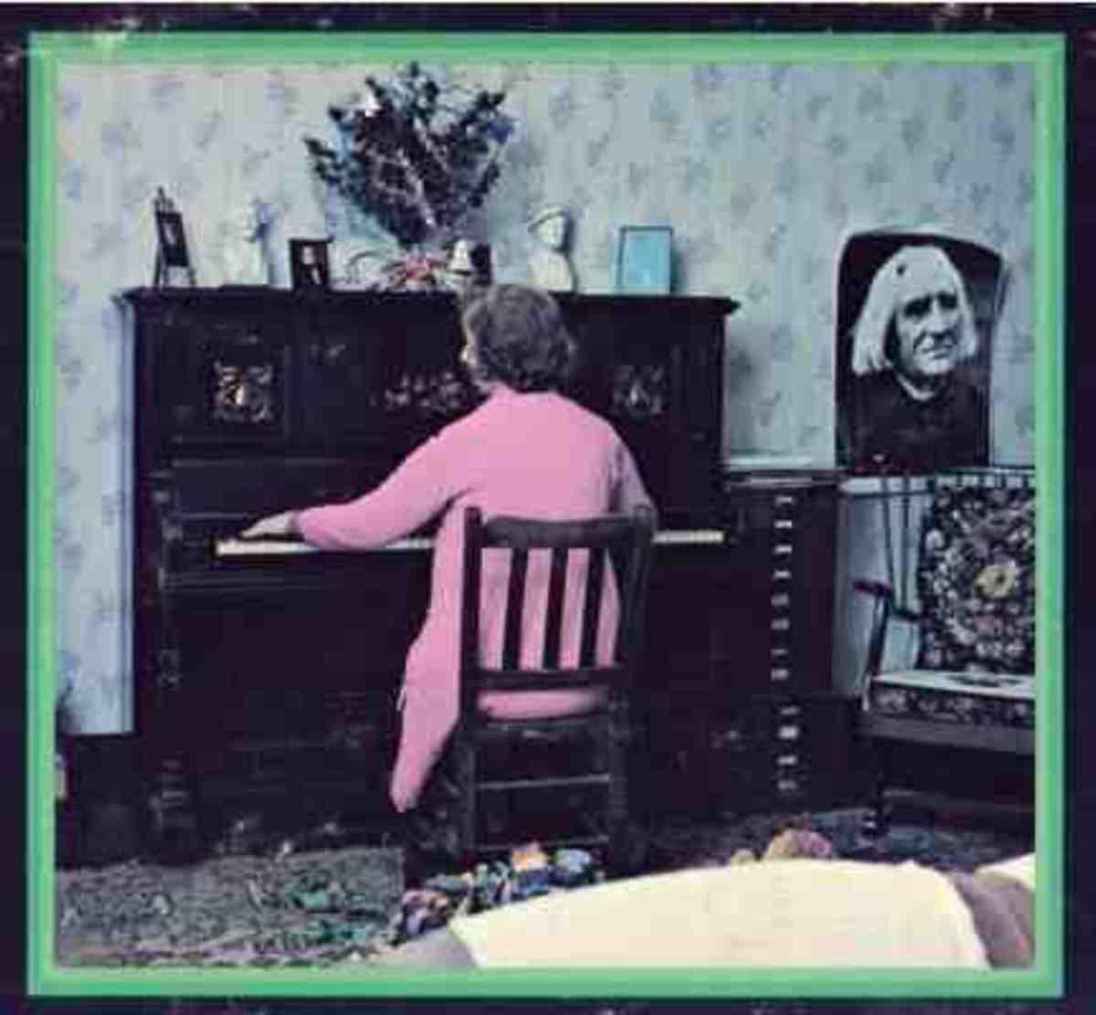 Rosemary Brown at the piano