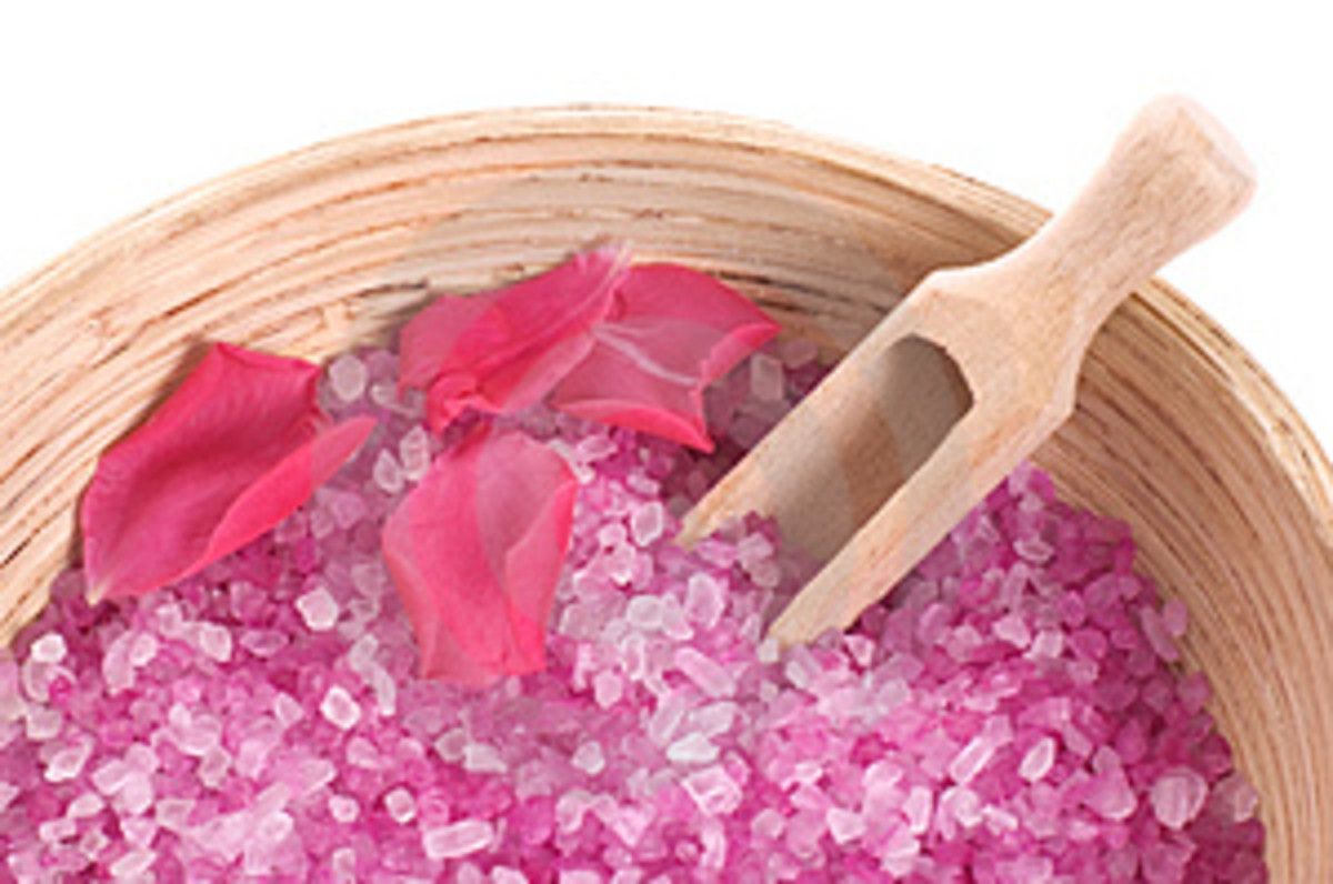 How to Make Bath Salts. a Quick Recipe and Easy Gift
