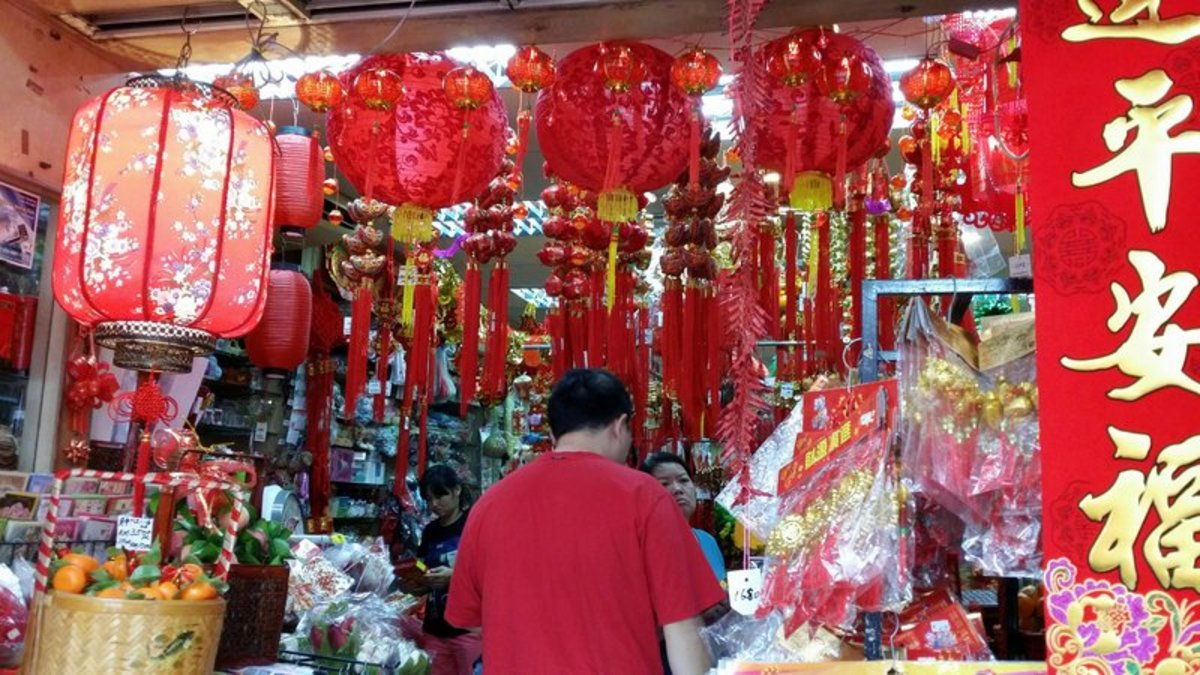 Busy shopping for Chinese New Year items