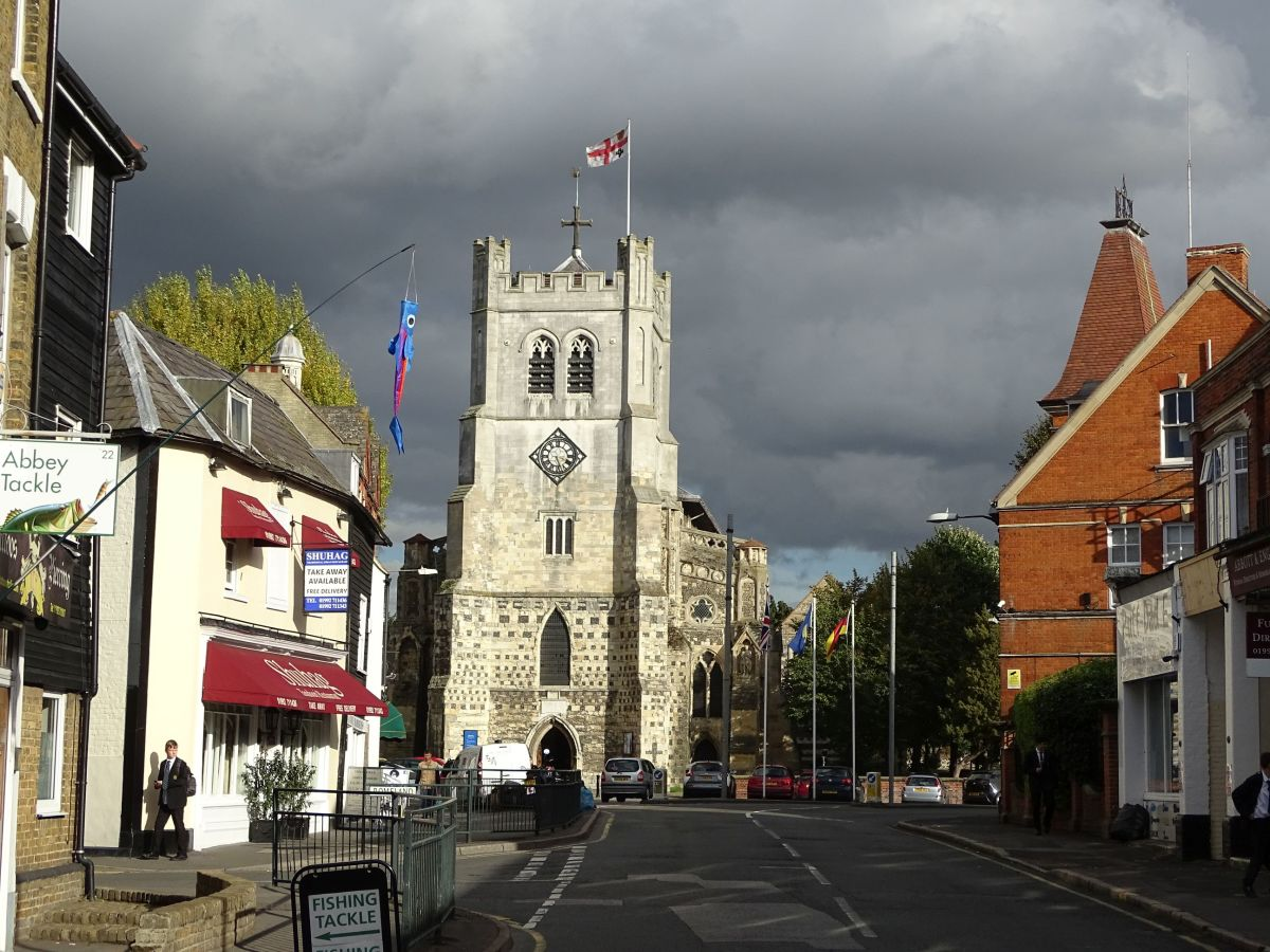 Waltham Church from the west, High Street. Harold's statue is on the right-hand corner of the tower