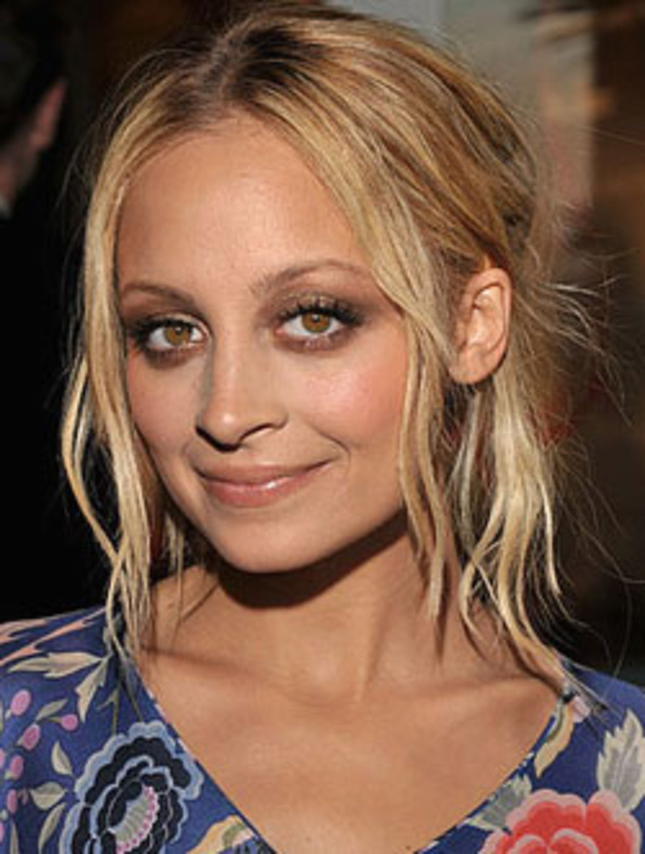 Nicole Richie in Smokey Eye Makeup