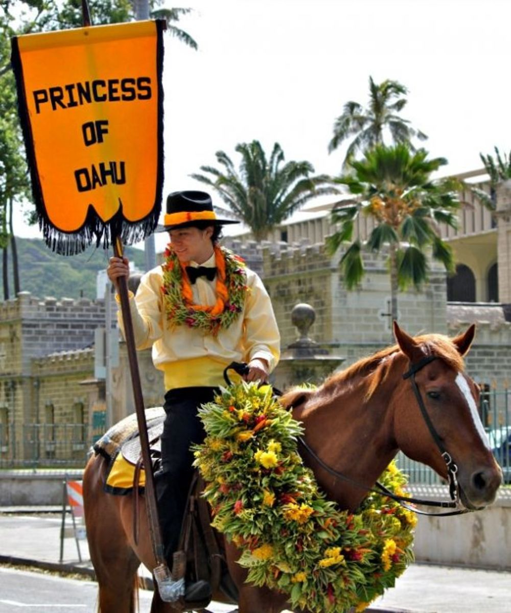 Oahu King Kam Parade - Pau Out Rider Attendant