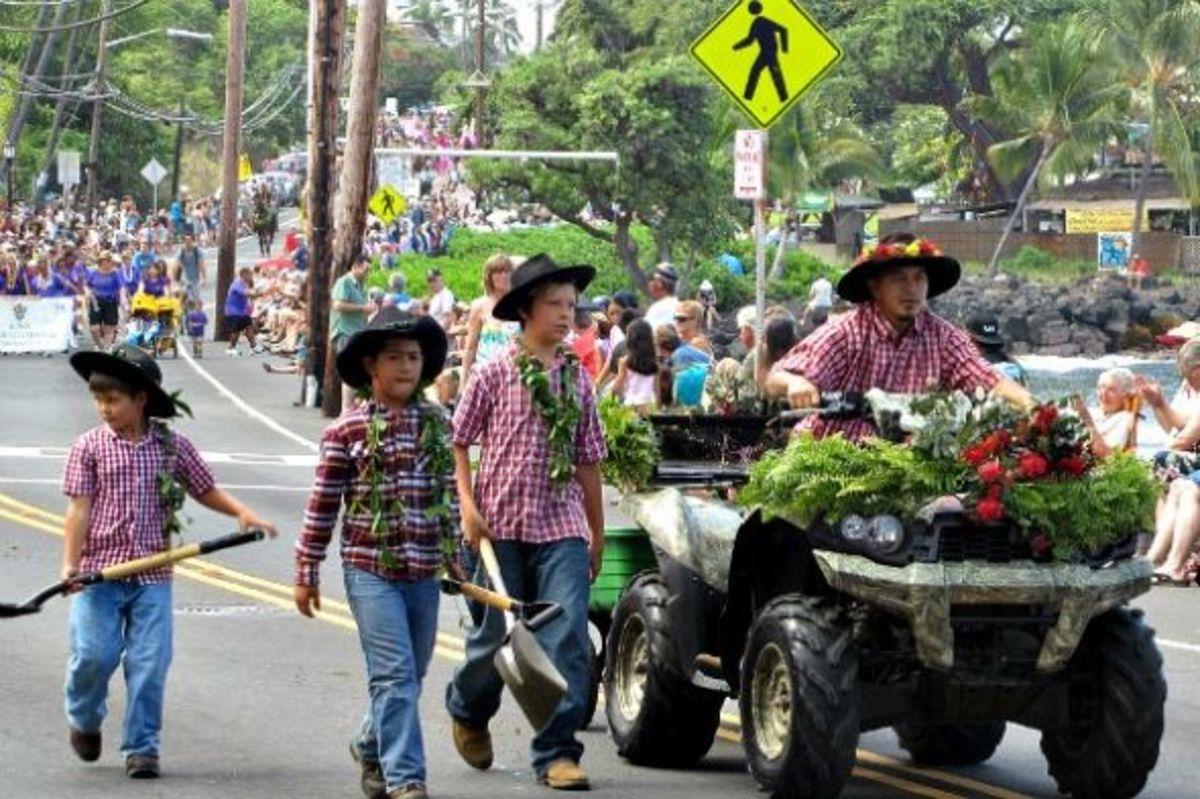 Pony Pooper Scooper King Kamehameha Parade in Kailua-Kona