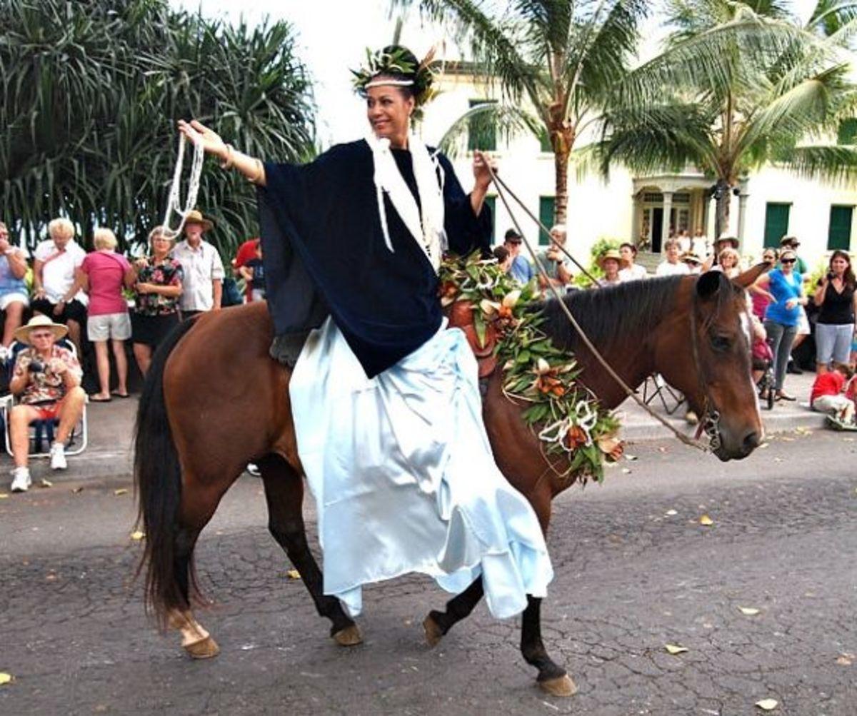 Kailua-Kona King Kam Parade - Niihau Pau Rider Attendant