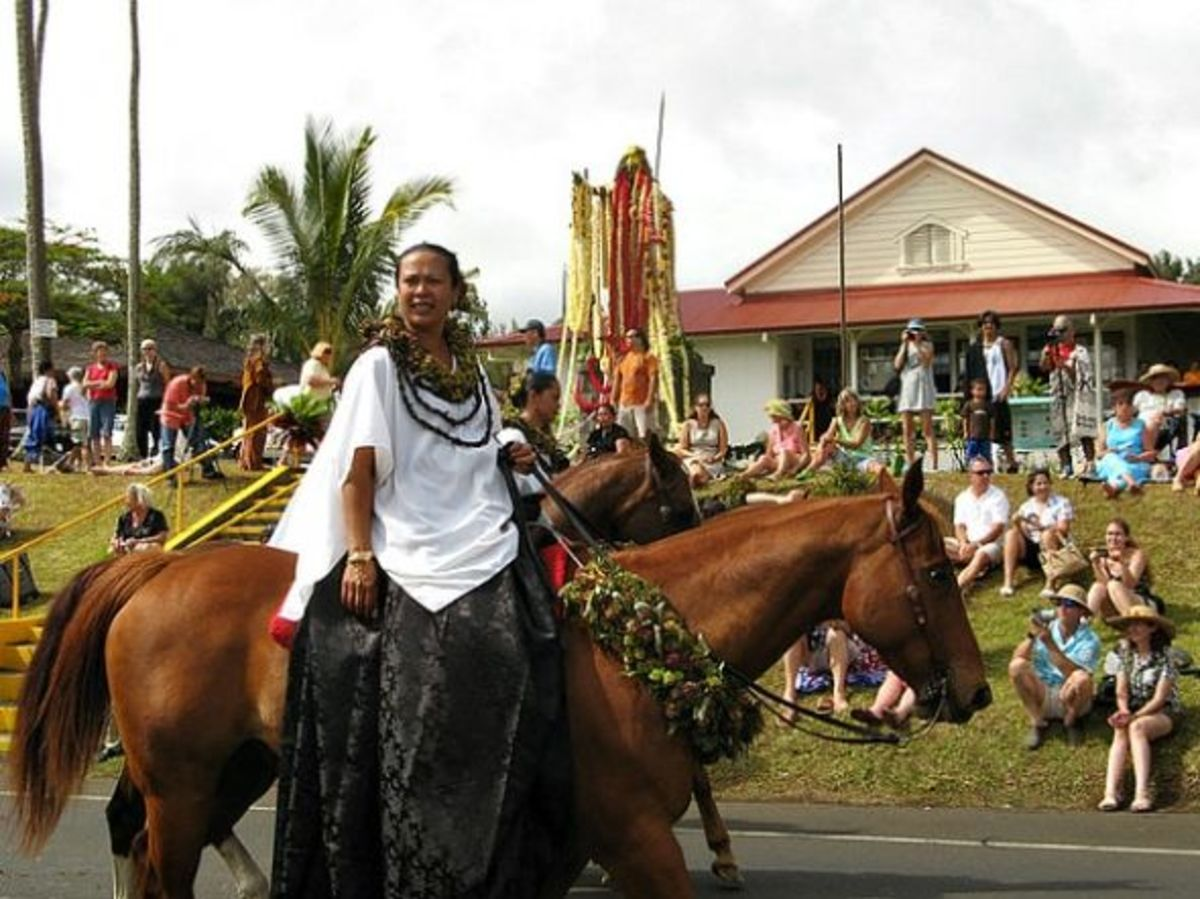 Molokini Pa'u Princess - King Kamehameha Day Parade in Kapa`au