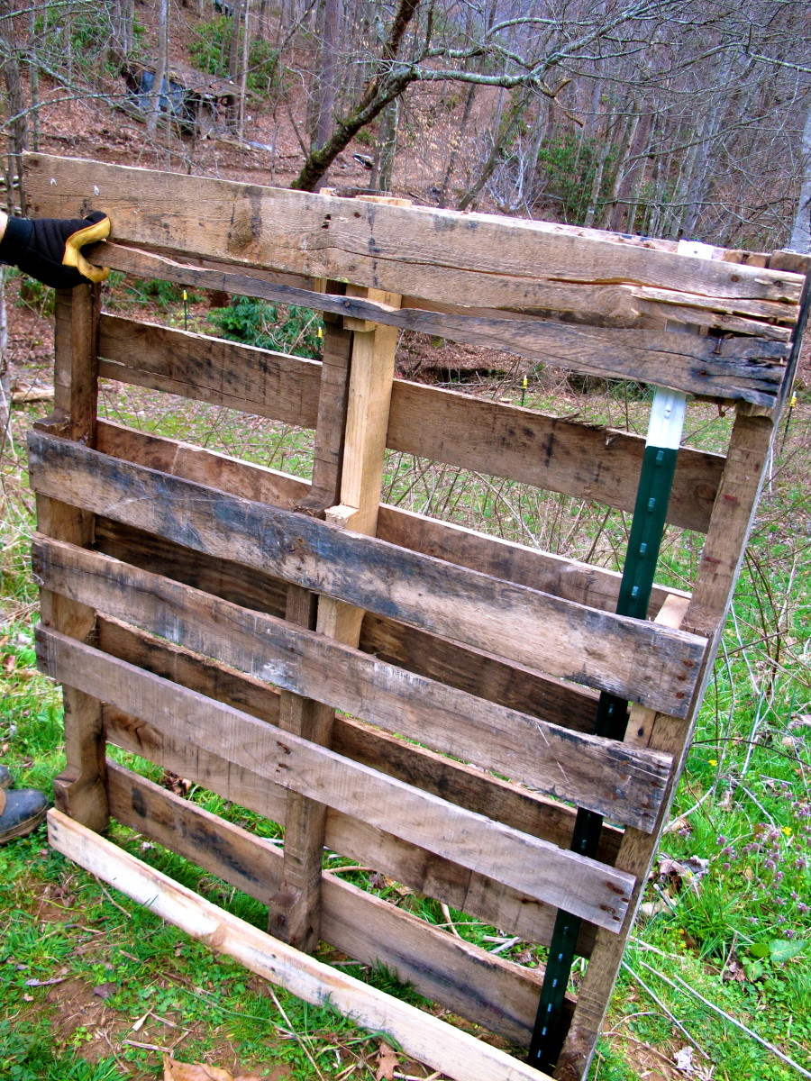 building-with-pallets