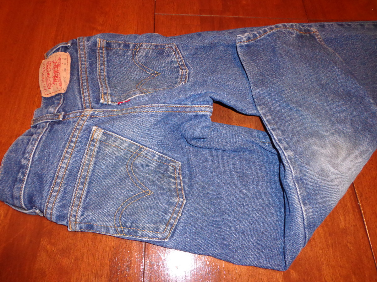 AFTER- Clean Jeans (Fels-Naptha was used on jean pockets and spray version was used on legs. The jeans sat for two days before they were washed).