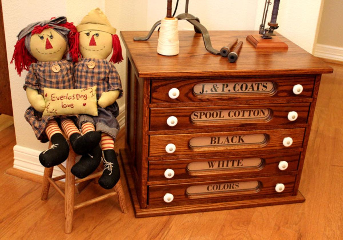 J & P Coats Spool Thread Cabinet Kit