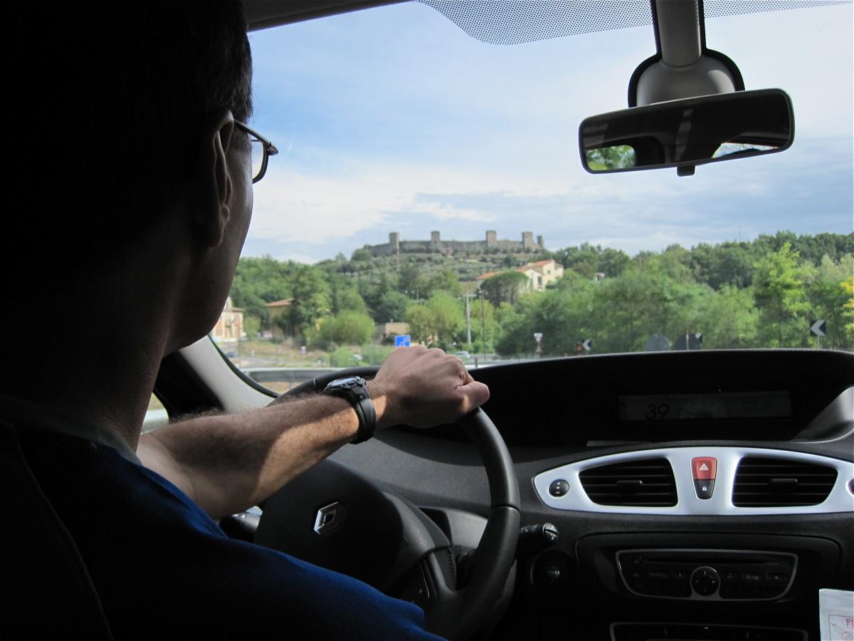 Heading to Monteriggioni