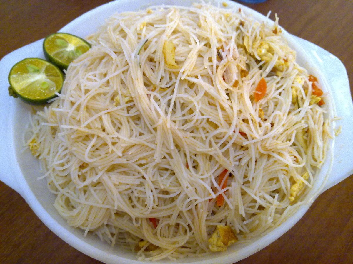 Tom Yam Beehoon ( Rice Vermicelli )