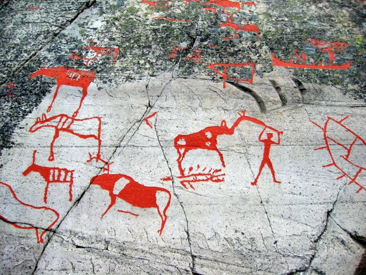 The oldest petroglyphs in Alta Norway are from circa 4200 BC, and the area was probably in use until 500 BC. In all, 6.300 petroglyphs have been documented in the several places in Alta.