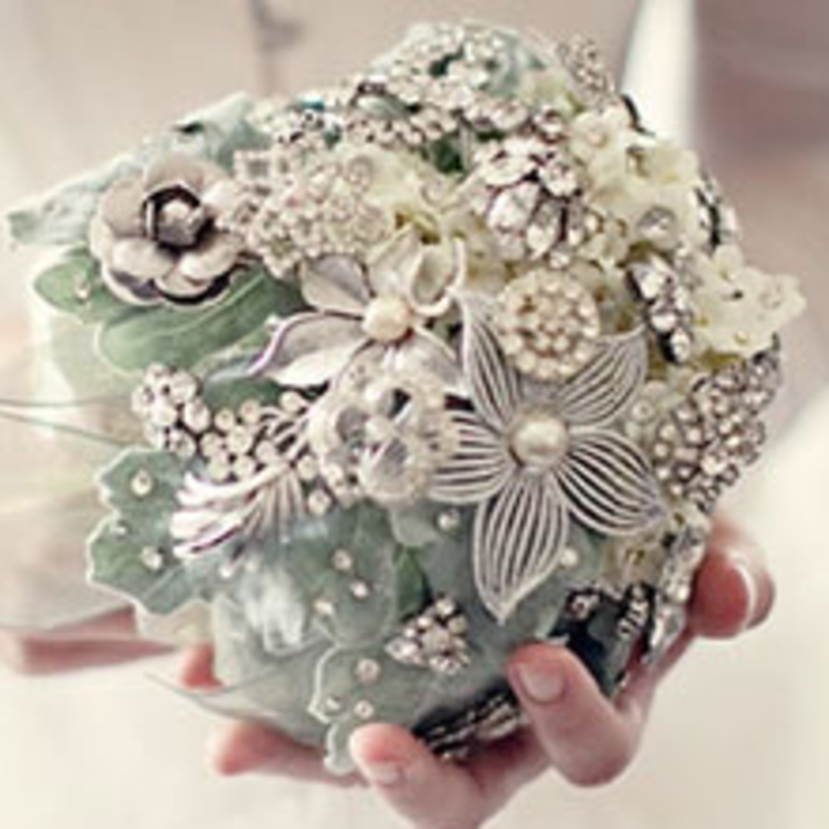 Make your own Brooch Bouquet