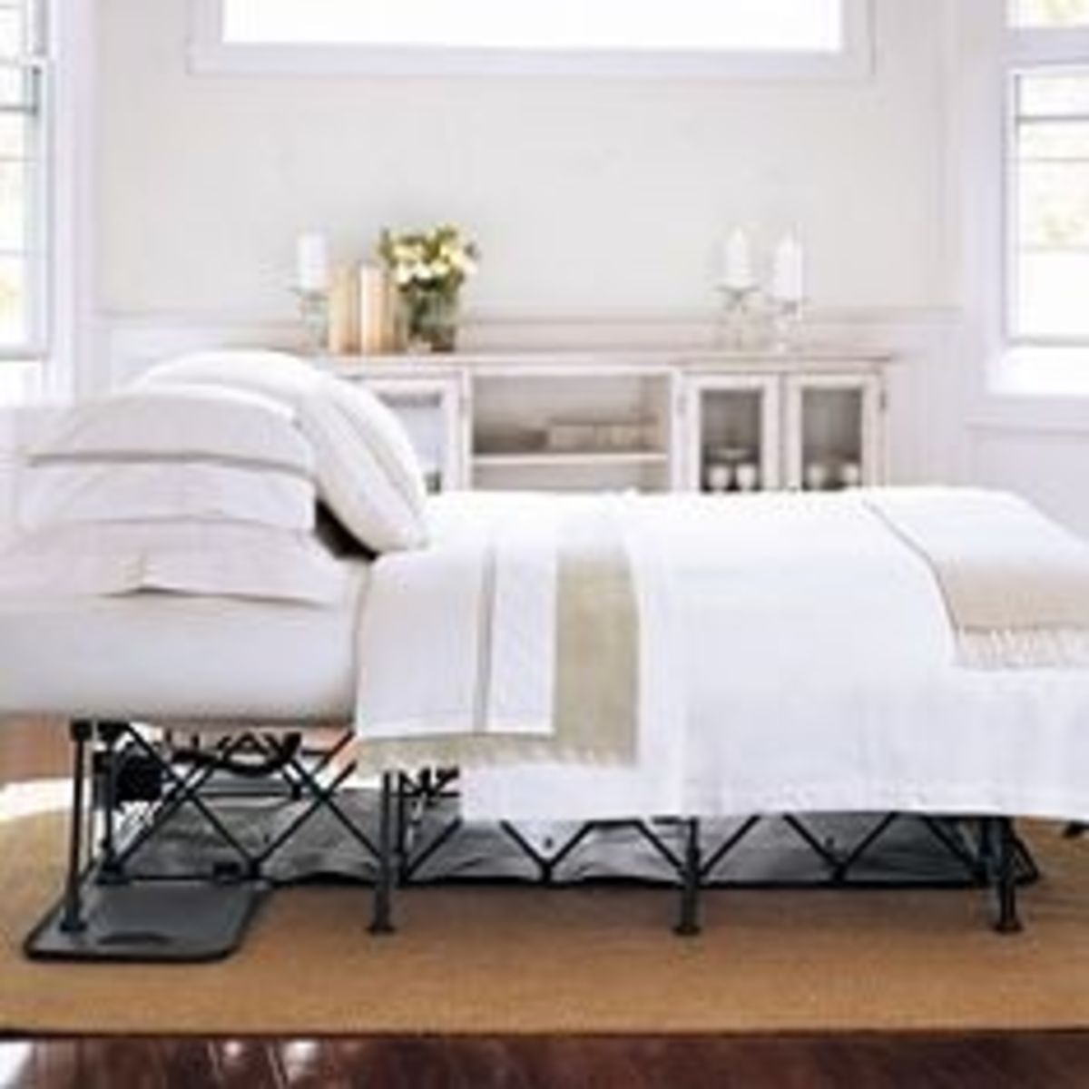 Serta EZ Queen Bed with Automatic Fold Out Inflatable Mattress with Steel Frame