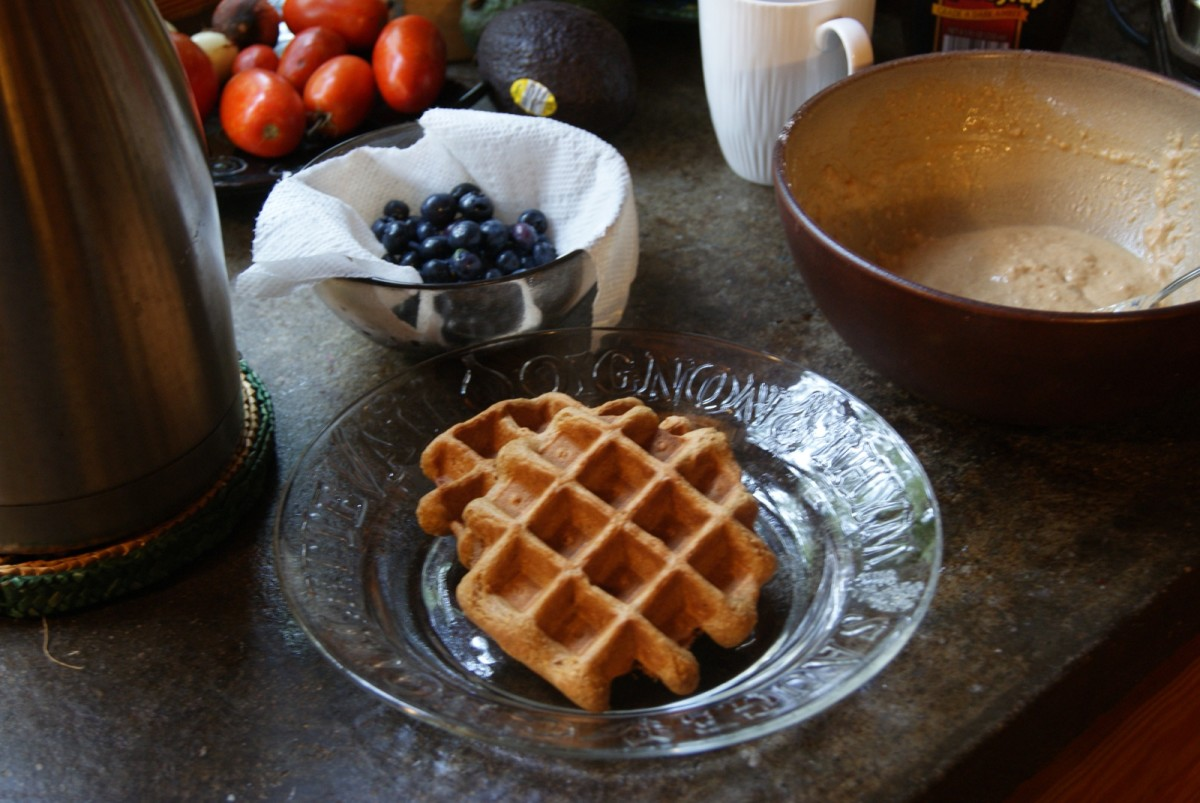 homemade vegan waffles - ready to eat!