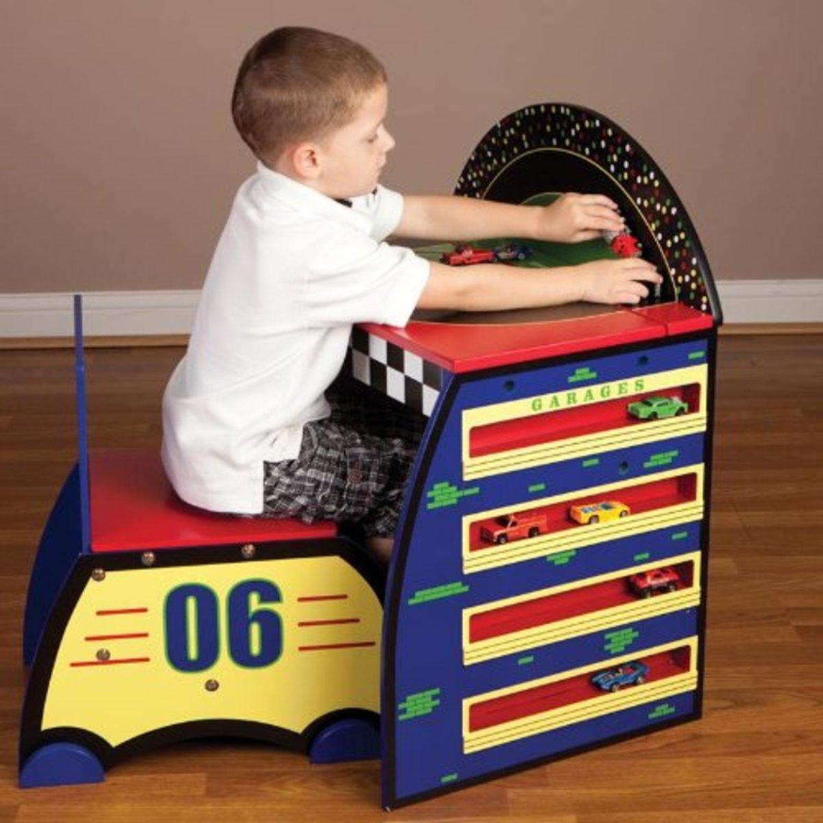race-car-kids-bedroom-decor