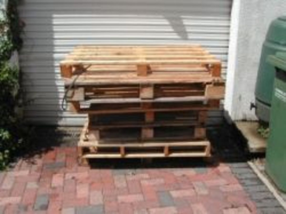 How To Build A Log Store From Pallets